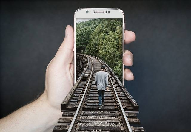 Manipulation Smartphone Gleise Run - Free photo on Pixabay (333301)