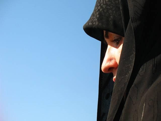 Woman Pray Religion - Free photo on Pixabay (336101)
