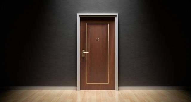 Door Bad Luck 13 - Free photo on Pixabay (340182)