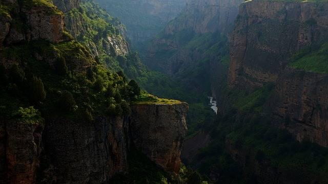 Canyon Mountains Deep - Free photo on Pixabay (340348)