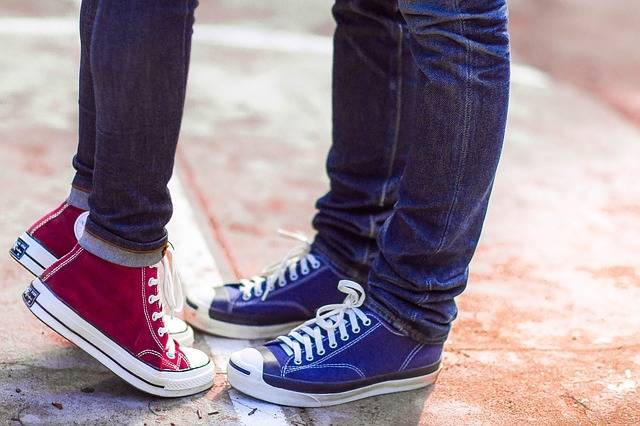Converse Couple Love - Free photo on Pixabay (344444)