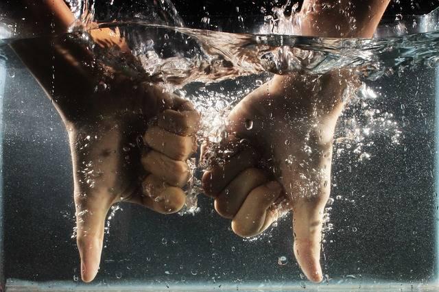 Hand Water Dislike - Free photo on Pixabay (355677)