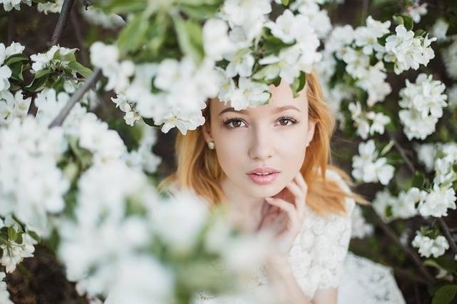 Beautiful Flowers Girl - Free photo on Pixabay (355909)