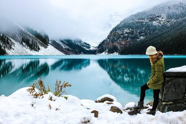 Woman Hike Lake - Free photo on Pixabay (363977)