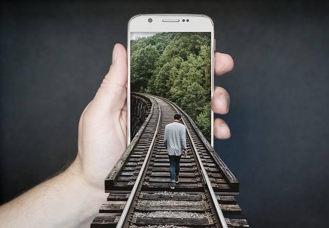 Manipulation Smartphone Gleise Run - Free photo on Pixabay (364528)