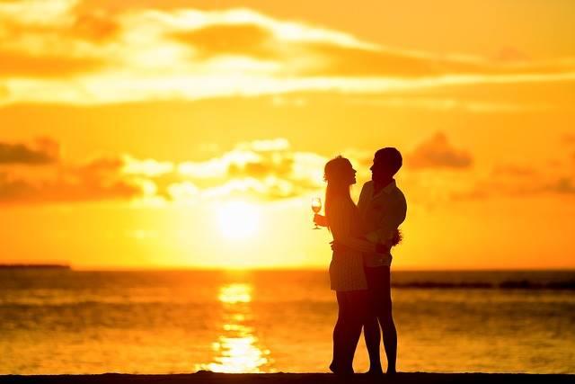 Affection Backlit Beach - Free photo on Pixabay (365752)