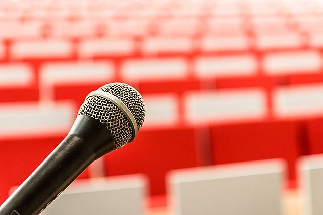 Microphone It Lecture - Free photo on Pixabay (369942)