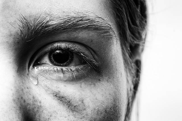 Trauma Injured Tear - Free photo on Pixabay (374788)