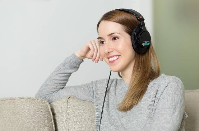 Woman Girl Headphones - Free photo on Pixabay (376696)
