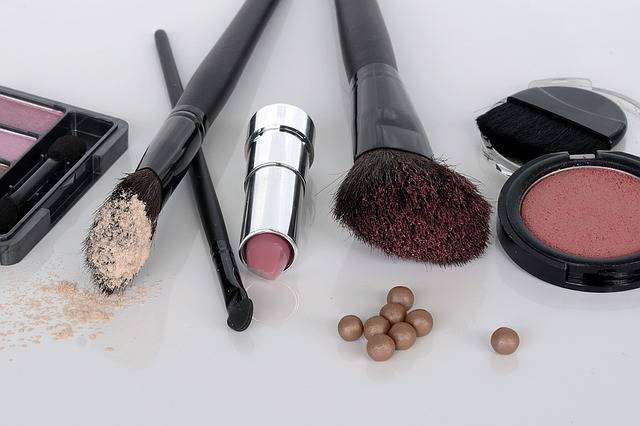 Cosmetics Eye Shadow Rouge - Free photo on Pixabay (377932)