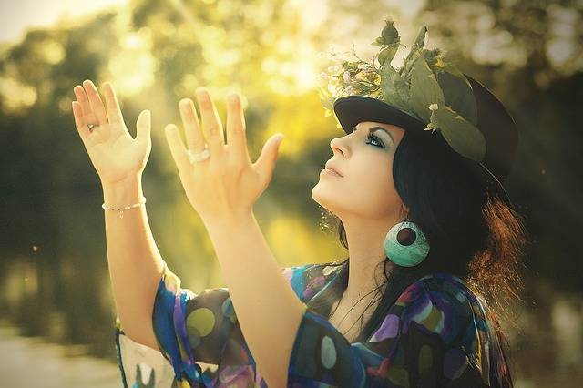 Beauty Woman Flowered Hat - Free photo on Pixabay (378284)
