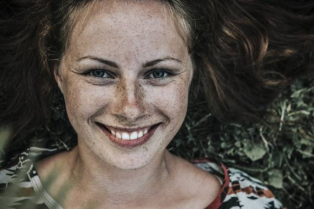 Beautiful Freckles Girl - Free photo on Pixabay (383128)