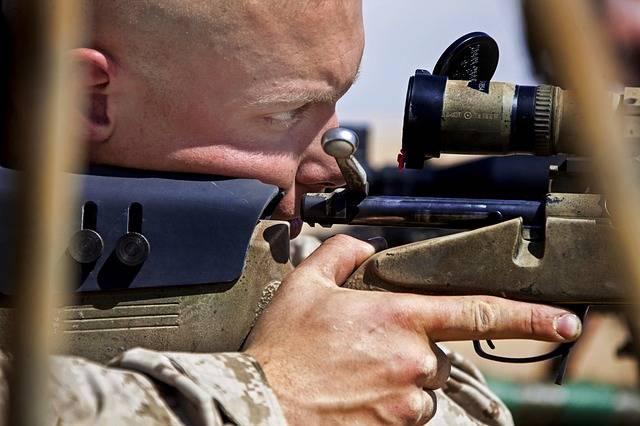 Man Weapon Rifle - Free photo on Pixabay (385459)