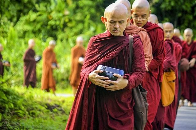 Theravada Buddhism Monks - Free photo on Pixabay (388147)