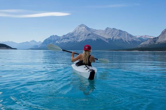 Girl Kayak Canoe - Free photo on Pixabay (389845)