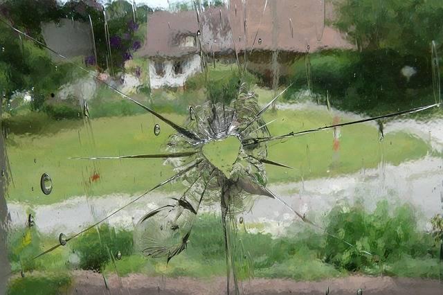 Glass Heart Window - Free photo on Pixabay (389940)