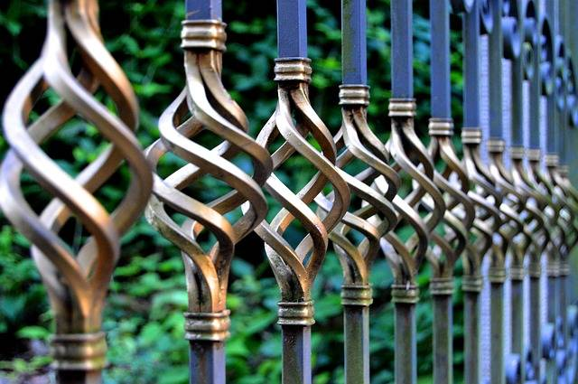 Iron Gate Wrought Metal - Free photo on Pixabay (390689)