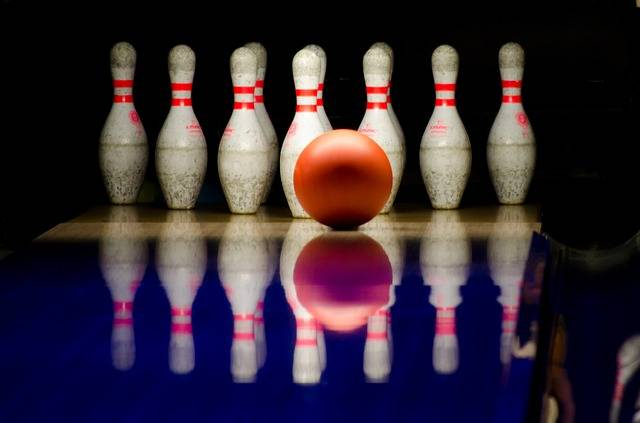 Bowling Pins Ball - Free photo on Pixabay (391590)