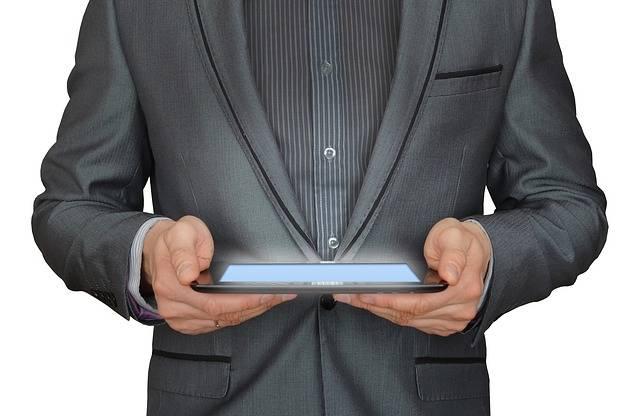 Man Businessman Tablet Computer - Free photo on Pixabay (391611)