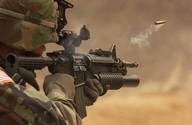 Submachine Gun Rifle Automatic - Free photo on Pixabay (397628)