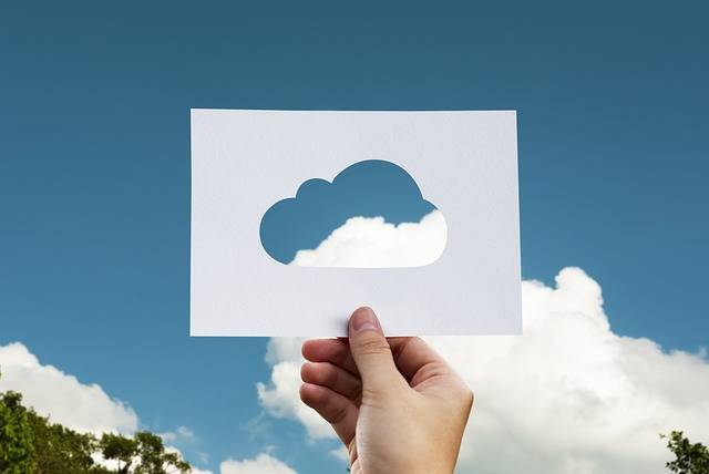 Cloud Paper Hand - Free photo on Pixabay (406508)