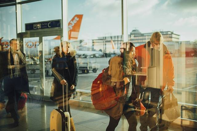 Airport Travelers Persons - Free photo on Pixabay (406572)