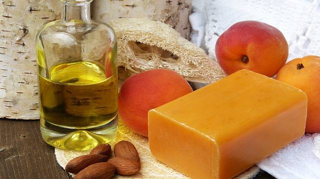 Soap Oil Almonds - Free photo on Pixabay (409865)