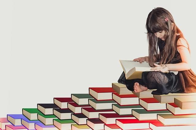 Girl White Fun - Free photo on Pixabay (411597)