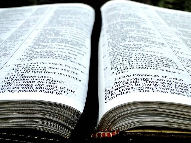 Bible Book Open - Free photo on Pixabay (411649)