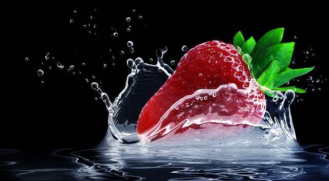 Strawberry Water Splashes Splash - Free photo on Pixabay (411894)