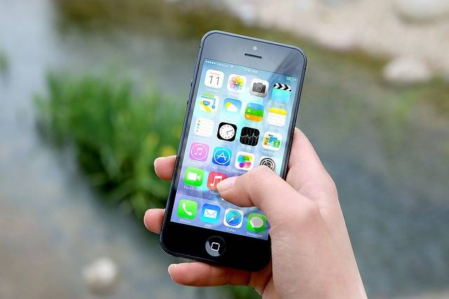 Iphone Smartphone Apps Apple - Free photo on Pixabay (412069)