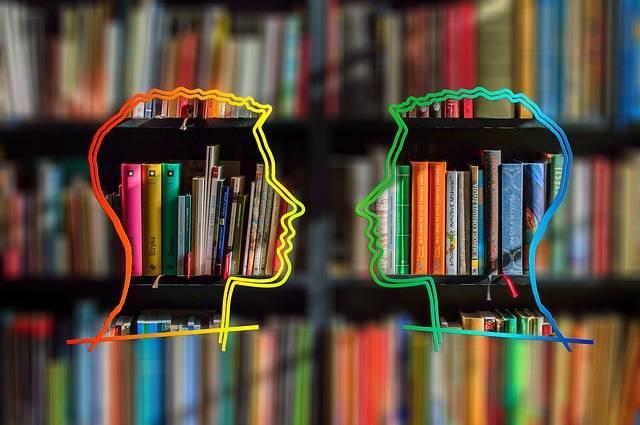 Silhouette Head Bookshelf - Free image on Pixabay (419768)
