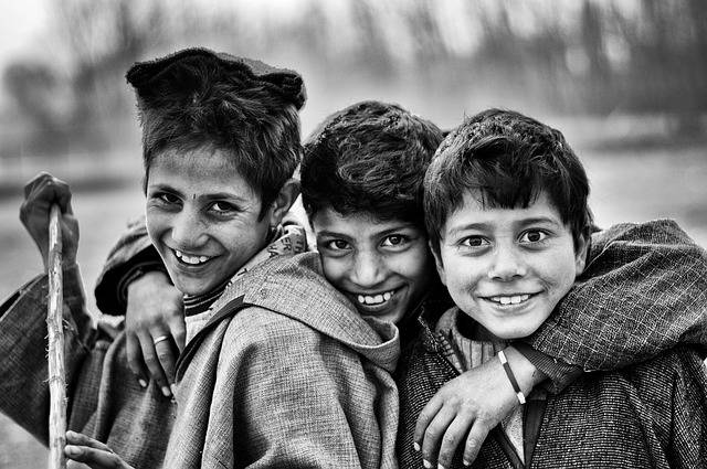 Boys Friends Poor Black And - Free photo on Pixabay (422556)