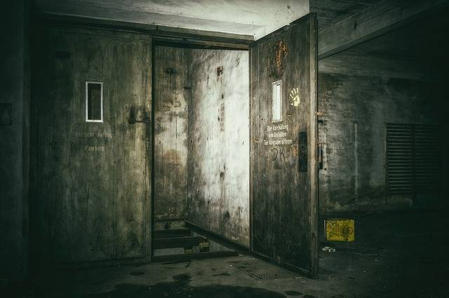Lost Places Keller Elevator - Free photo on Pixabay (429002)