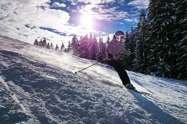 Skiing Girl Sun - Free photo on Pixabay (435308)