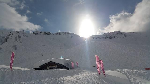 Chatel Skiing Snow - Free photo on Pixabay (435349)