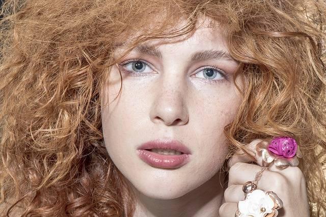 Model Beautiful Necklace - Free photo on Pixabay (443170)