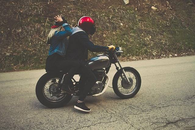 Couple Driving Motorcycle - Free photo on Pixabay (444579)