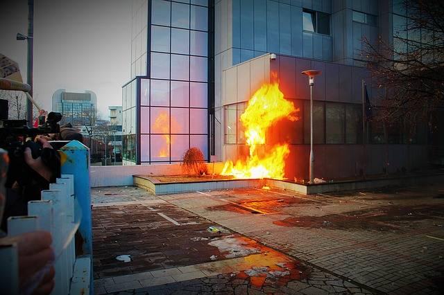 Protest Vandalism Riot - Free photo on Pixabay (449320)