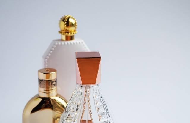 Perfume Cologne Bottles - Free photo on Pixabay (450438)