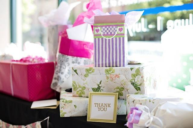 Gifts Presents Bridal Shower - Free photo on Pixabay (450460)