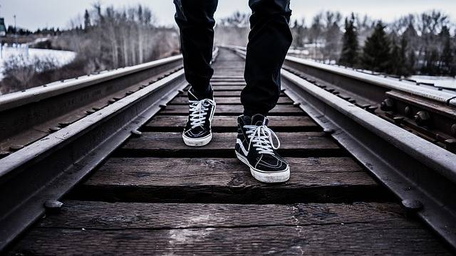 Shoes Walking Railroad Tracks - Free photo on Pixabay (454197)