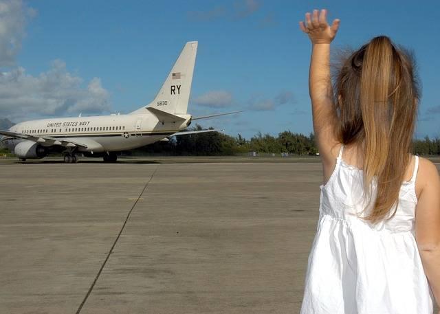 Child Waving Goodbye Departure - Free photo on Pixabay (458905)