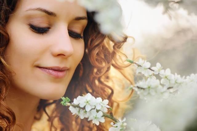 Beautiful Woman Flower - Free photo on Pixabay (459361)