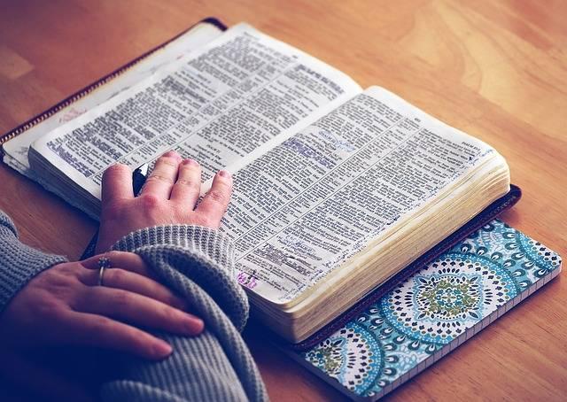 Book Bible Study Open - Free photo on Pixabay (465210)