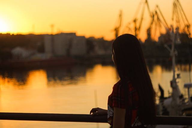Harbor Sunset Girl - Free photo on Pixabay (468440)