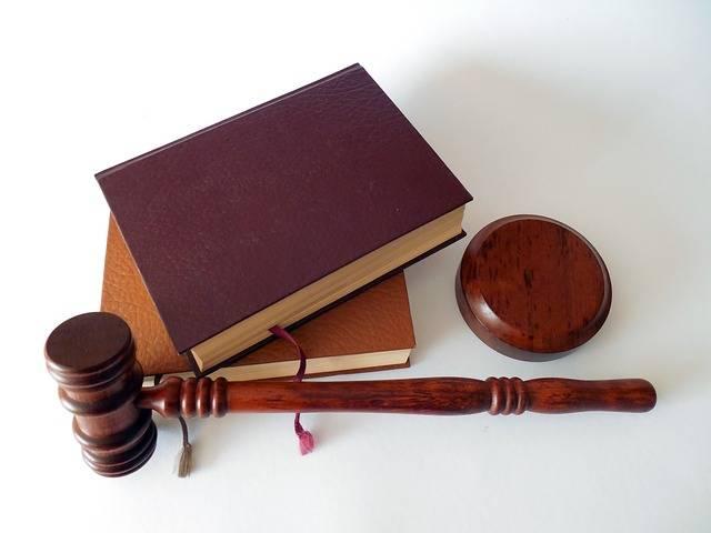 Hammer Books Law - Free photo on Pixabay (469992)