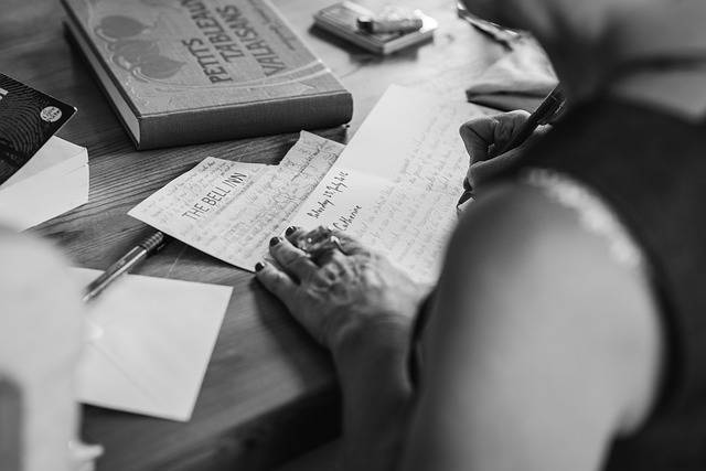Hands Writting Invitation - Free photo on Pixabay (469995)