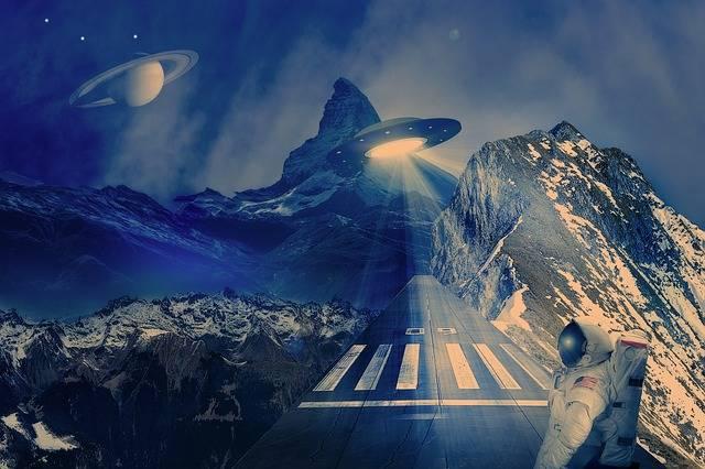 Ufo Spaceship Runway - Free image on Pixabay (470933)