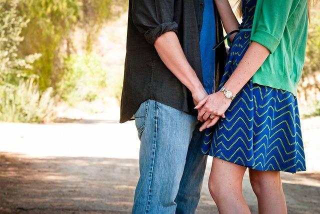 Love Couple Holding Hands - Free photo on Pixabay (471651)